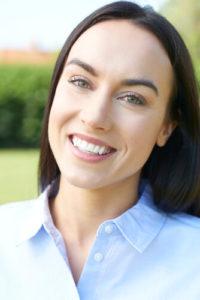Наращивание зубов методом пломбирования