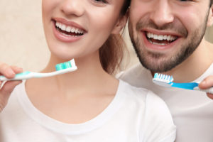 Восстановление эмали зубов методом фторирования