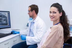 Нейлоновые зубные протезы: как ухаживать