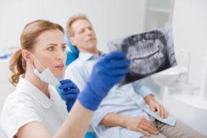 Этапы имплантации передних зубов