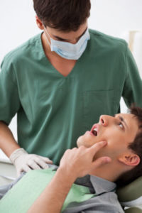 Почему болит зуб после пломбирования каналов
